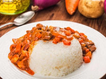 Паприкаш с телешко месо и печени червени чушки (яхния) - снимка на рецептата